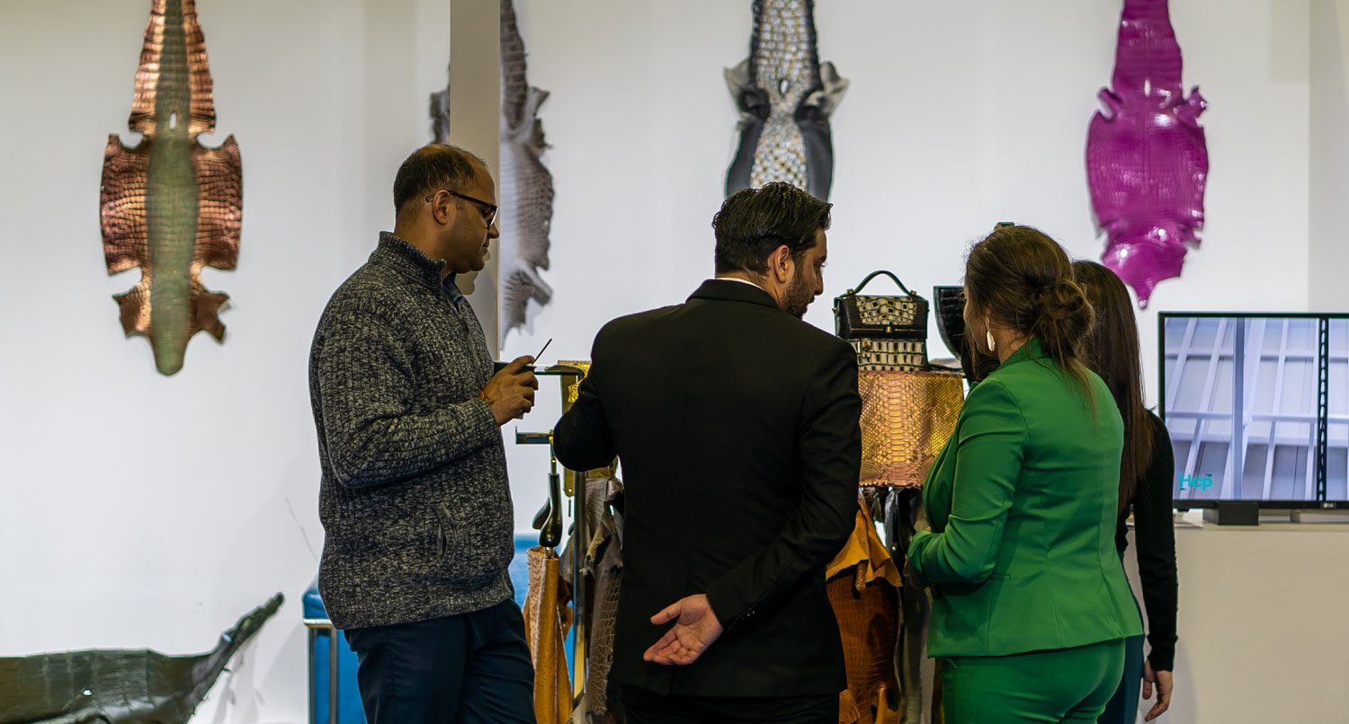 Dubai Boat Show - Leather Crafts - March 2 2019